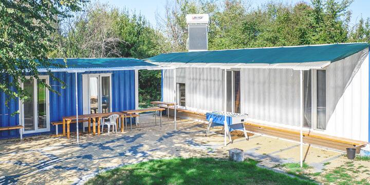 Container-Häuser - Alkyóna Beach